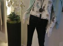 Kunstblumen-Modegeschäft