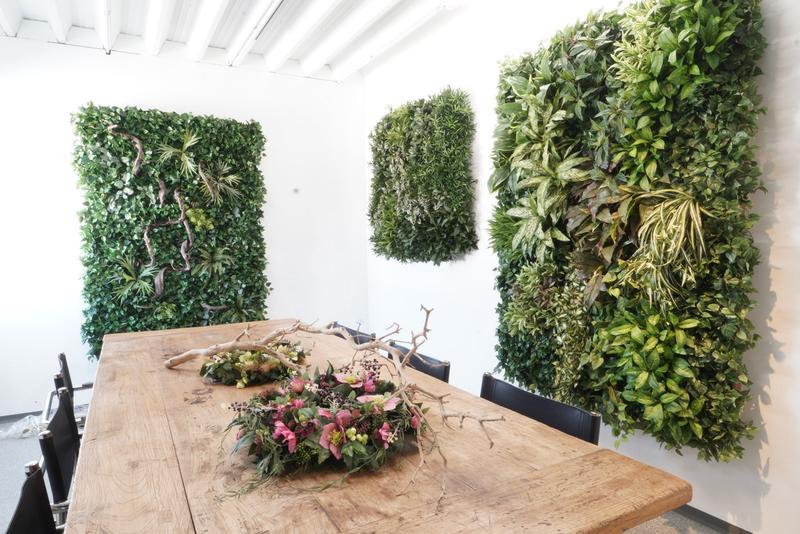 Vertikalbegrünung Innen mit Pflanzenwände.